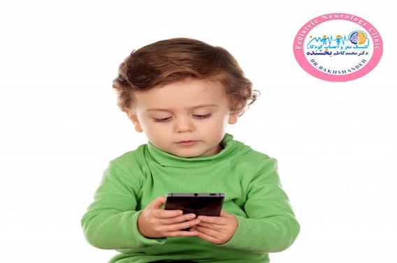 ارتباط سردرد با موبایل