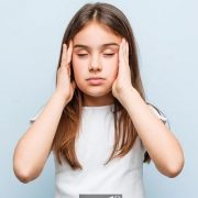 علت میگرن در کودکان